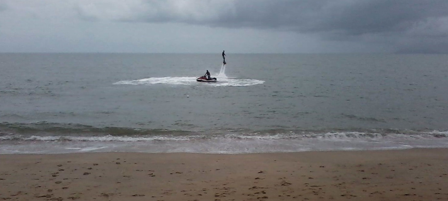 Flyboard Cairns instructor Luke in action at Palm Cove